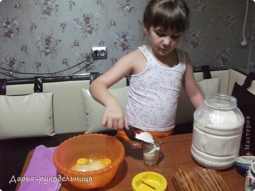Сразу хочу поблагодарить пользователя-Оксана_Владимировна(http://stranamasterov.ru/node/56473),по рецепту которой я и сотворила эти чудесные вкусности для своей мамы.Мне очень понравилось творить и фотографировать процесс. фото 7