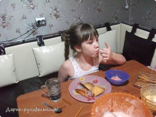 Сразу хочу поблагодарить пользователя-Оксана_Владимировна(http://stranamasterov.ru/node/56473),по рецепту которой я и сотворила эти чудесные вкусности для своей мамы.Мне очень понравилось творить и фотографировать процесс. фото 16
