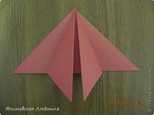 Вот такую ракету в технике оригами можно сделать как элемент композиции на космическую тему. фото 8
