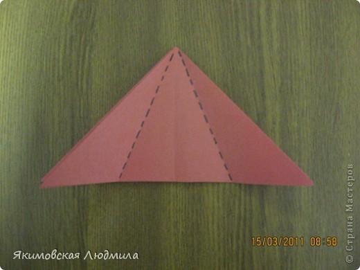 Вот такую ракету в технике оригами можно сделать как элемент композиции на космическую тему. фото 6