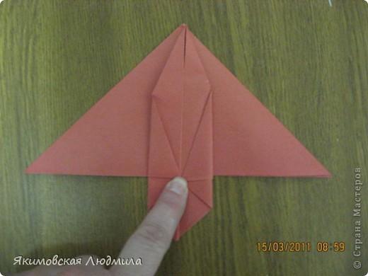 Вот такую ракету в технике оригами можно сделать как элемент композиции на космическую тему. фото 10