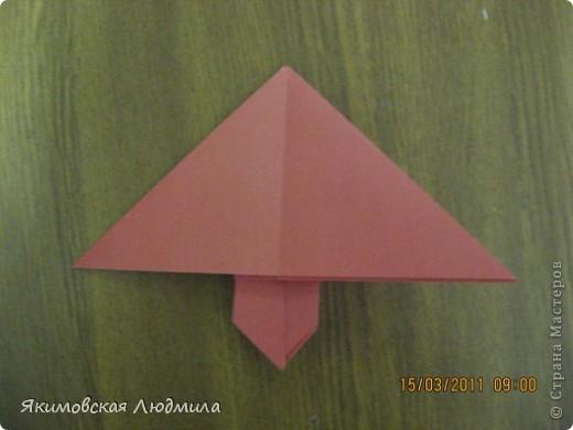 Вот такую ракету в технике оригами можно сделать как элемент композиции на космическую тему. фото 11