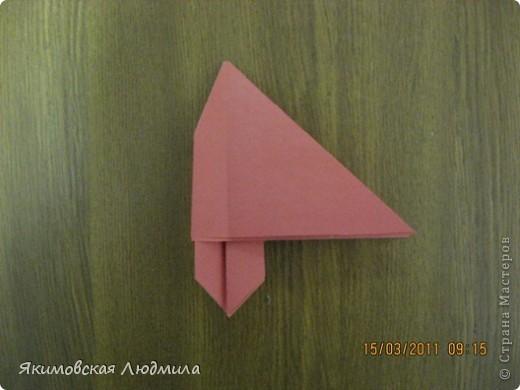 Вот такую ракету в технике оригами можно сделать как элемент композиции на космическую тему. фото 13