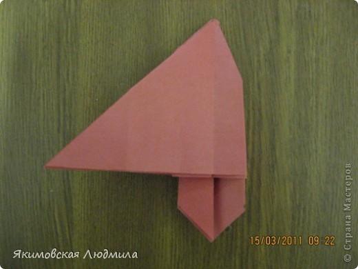 Вот такую ракету в технике оригами можно сделать как элемент композиции на космическую тему. фото 19