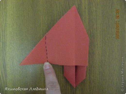 Вот такую ракету в технике оригами можно сделать как элемент композиции на космическую тему. фото 20