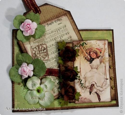 Открытка из упаковочного картона , скрап-бумаги, распечатки на фото-бумаге фото 2