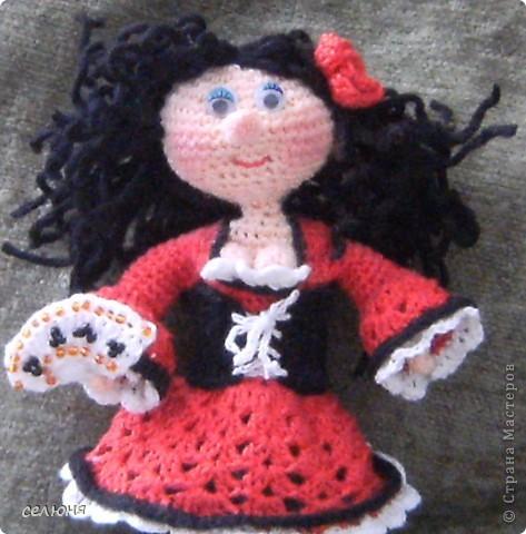 Вот такие пальчиковые куколки в национальных костюмах связала на конкурс в интернете. Познакомьтесь - это жгучая испанка донна Анна и очаровательная украиночка Оксана фото 7