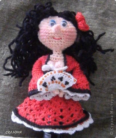 Вот такие пальчиковые куколки в национальных костюмах связала на конкурс в интернете. Познакомьтесь - это жгучая испанка донна Анна и очаровательная украиночка Оксана фото 8