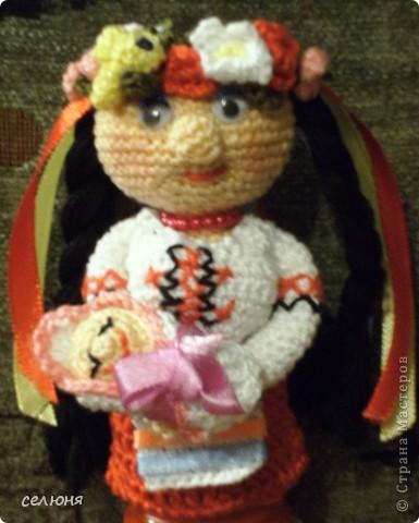 Вот такие пальчиковые куколки в национальных костюмах связала на конкурс в интернете. Познакомьтесь - это жгучая испанка донна Анна и очаровательная украиночка Оксана фото 14