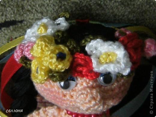 Вот такие пальчиковые куколки в национальных костюмах связала на конкурс в интернете. Познакомьтесь - это жгучая испанка донна Анна и очаровательная украиночка Оксана фото 11