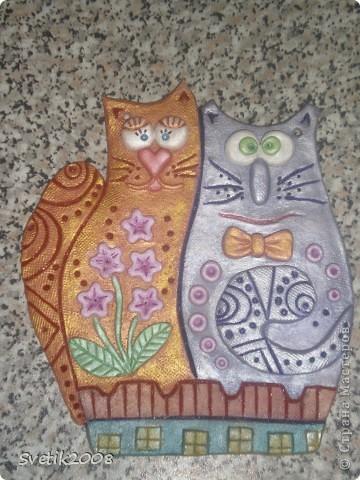 Нашей влюбленной бабушке (маме) в подарок на 8 марта слепила вот таких мартовских котеек. Вдохновилась работой Надежды Боталовой. http://stranamasterov.ru/node/155325 Спасибо за идею. фото 1