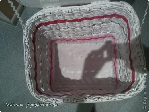 Вот ОНА, моя многострадальная! Сделала по просьбе мамы. Форма изначально планировалась прямоугольная, но в процессе плетения плавно перешла почти в овал! фото 4