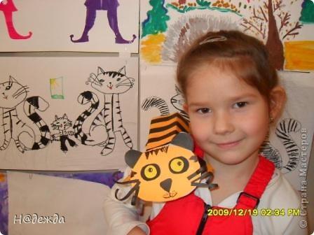 Этот вернисаж посвящен картинам моей дочери Вероники. Она посещает хужественную школу дошкольное отделение, ей очень нравиться рисовать. Надеюсь вам понравиться ее творчество... Любуемся.... Птичка певчия (фломастеры, карандаши) фото 14