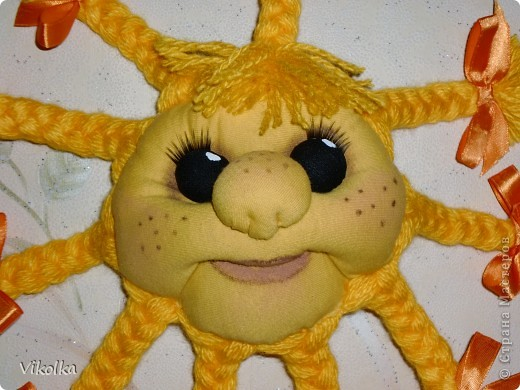 Моя первая поделка в технике изготовления кукол - Солнышко , по мастер-классу Елены Лаврентьевой (http://www.liveinternet.ru/users/pawy/rubric/1869594/). Огромное ей спасибо! фото 2
