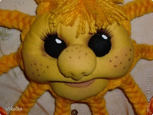 Моя первая поделка в технике изготовления кукол - Солнышко , по мастер-классу Елены Лаврентьевой (http://www.liveinternet.ru/users/pawy/rubric/1869594/). Огромное ей спасибо! фото 3
