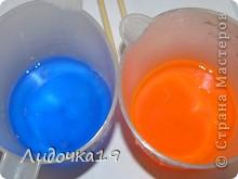 мылки для влюблённых)))) красно-синие: клубника и кокос жёлто-зелёное : мята и лимон  Нам необходимо: - прозрачная основа для мыла (около 80 гр, в зависимости от размера формы), - красный и синий красители , - форма в виде сердца (у меня на кусочек мыла весом 80 гр), - люфа (кусочек 1-1,5 см шириной), - ароматизатор, - медицинский спирт. - не целая ч.л.  ложка БМ ростков пшеницы фото 3
