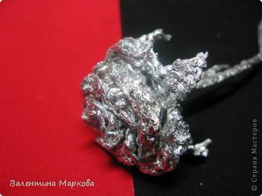 Хочу предствить на суд жителей страны мастеров свой мастер класс по изготовлению розы из фольги.  фото 29