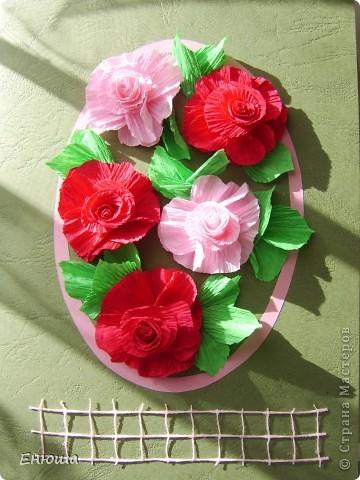 Уважаемые мастерицы добрый день!  Меня уже несколько  человек спрашивали как я делаю розочки на шляпки своих дам.  Ну вот я решилась  показать как я это делаю.   Эта открытка как раз из таких розочек. фото 1