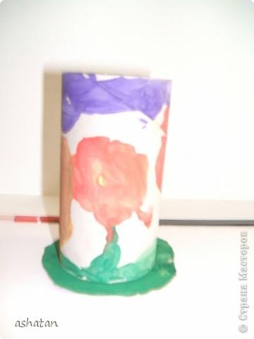 """""""Мимоза"""" - самостоятельная работа  Материал: бумага, картон, ладошки и пальчики сынишки , гуашь, кисточка, фигурный дырокол, цветная бумага, клей-карандаш Выполнено: 24.02.2011г. Сынульке 5л11м  фото 4"""