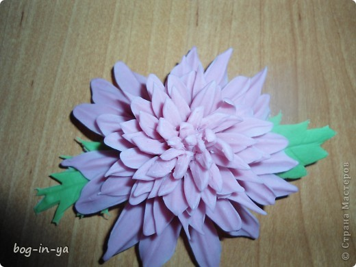 Вот такая получилась у меня розовая хризантема. И что совершенно  неожиданно для меня - цвет очень натуральный. фото 4