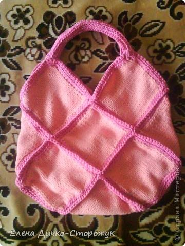 Это моя первая в жизни связанная сумка. Даже карман для сотового есть.  фото 2