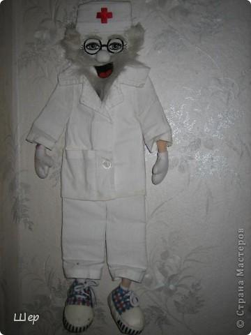 Доктор Айболит, он очень добрый! :-) фото 1