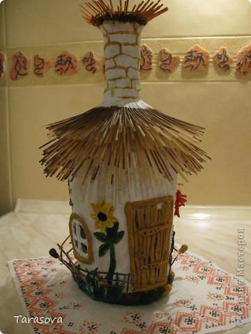 Украинская хата (на дымаре гнездо для аистов) фото 4