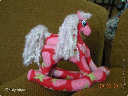 Большое спасибо Ирине (http://stranamasterov.ru/user/33380) за ее прекрасных лошадок и выкройку к ним!!! На конец-то и у меня появилась эта чуда! фото 1