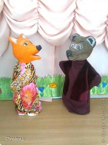Вот таких Михаила Потаповича и Лису Патрикеевну - кукол на руку -  сделала в театральный уголок в детский сад. фото 2