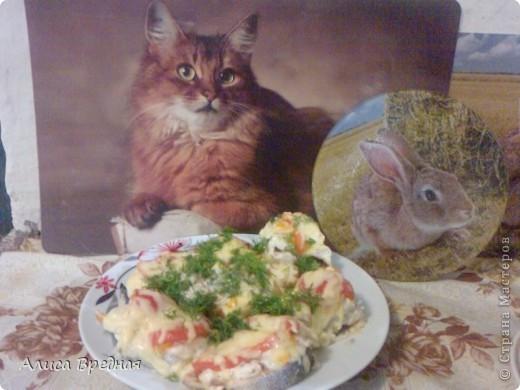 Всем привет)))) Снова делюсь рецептом. Вчера своим решила приготовть рыбку (мясо уже немного поднадоело) вообще-то этот рецепт больше подходит для филе, но у нас его не оказалось, зато была горбуша. Получилось очень вкусно)))) фото 1