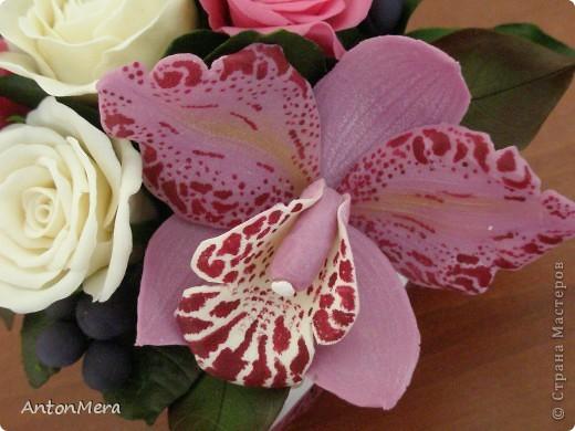 розы и орхидея  фото 2
