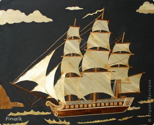 Корабль уже раз был выполнен, но картина получилась пустой. В этой работе, по играла немного с цветами и с направлением  соломенных лент, добавила фона, думаю, получилось неплохо, но судить  ВАМ.  фото 2