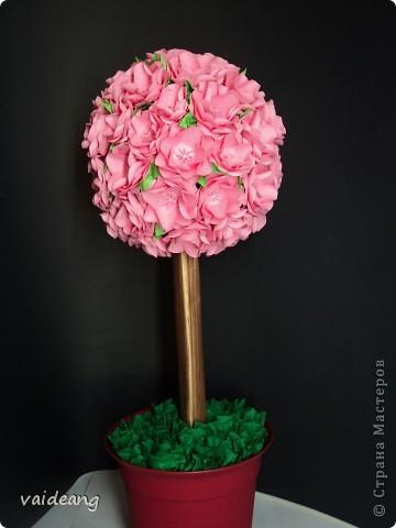 Увидела много яблонь в цвету в интернете и захотелось тоже,только белую не интересно делать,сделала  розовой .Для сохранения  весеннего   настроения. фото 1