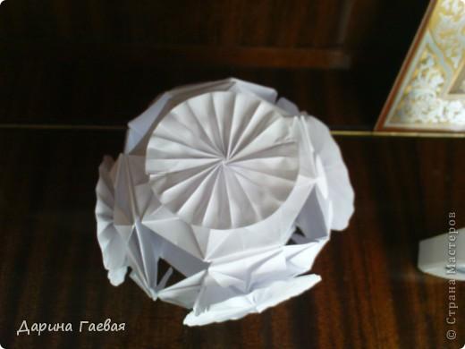 """это моя вторая кусудама!называется """"Бабочки""""  кто хочет сделать - делайте!  ссылка на схему: http://kusuda.ru/kusudamas/odna-iz-kusudam-tomoko-fuse/  будут вопросы - пишите сразу!всегда рада!) фото 2"""