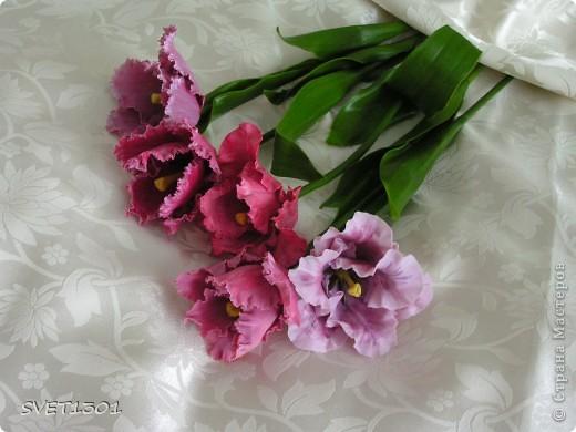 Ура, и я добралась до тюльпанов! Лепила, как всегда, из самодельного холодного фарфора. Может быть добавить пару белых тюльпанчиков?! фото 3