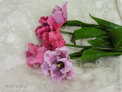 Ура, и я добралась до тюльпанов! Лепила, как всегда, из самодельного холодного фарфора. Может быть добавить пару белых тюльпанчиков?! фото 4