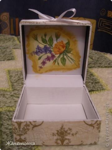 Вот такая коробочка в подарок))) фото 3