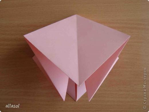 """По подсказке Люблюбумагу нашла в нашей библиотеке книгу Афонькиных """"Цветущий сад оригами"""" Идея из этой книги. фото 11"""