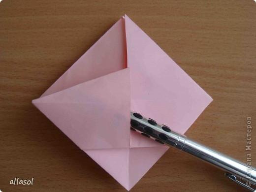 """По подсказке Люблюбумагу нашла в нашей библиотеке книгу Афонькиных """"Цветущий сад оригами"""" Идея из этой книги. фото 22"""
