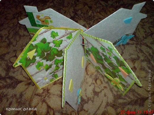Вот такой подарок я решила сделать для сестры на день рождения. Альбом в виде домика, каждая страничка украшена по своему. Спасибо всем рукодельницам! Идеи черпала с нашего любимиго сайта. фото 16