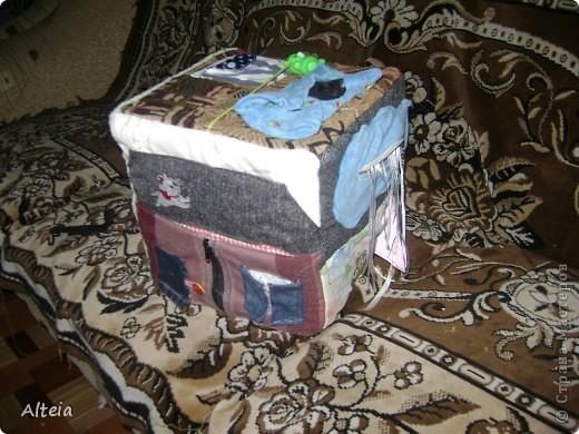 Мягкий развивающий куб. Сшился за один день, хотя материалы я подбирала недели две. фото 1