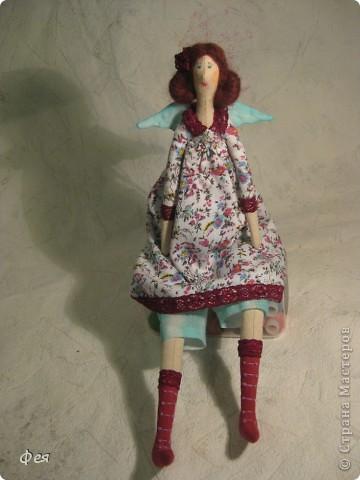 Лилечка сшита по выкройке осеннего ангела. Причёску попросила пышную, потому вместо беретки у Лилечки розочка в волосах:) фото 4