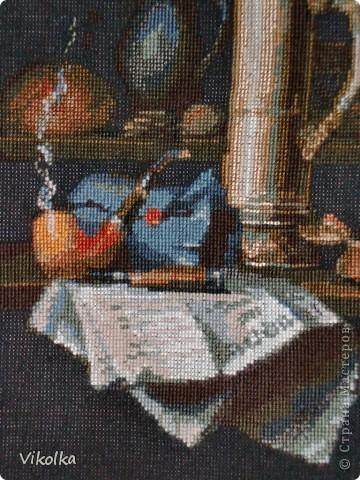 """Представляю вам очередную работу от фирмы """"Риолис"""" - """"Натюрморт с трубкой"""",  набор №947, нитки - шерсть/акрил, 19 цветов, выполнен крестом в 2 и в 1 нитку,  размер готовой работы 30х40 см (152х198 кл.), художник Елена Поглазова. фото 3"""