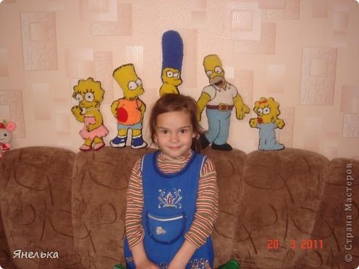 """я большая поклонница мульта """"Симпсоны"""", поэтому решила сделать себе вот таких персонажей, а моя 5-летняя племянница Софийка решила поприсутствовать на фотографии, ну как ей отказать?  фото 1"""