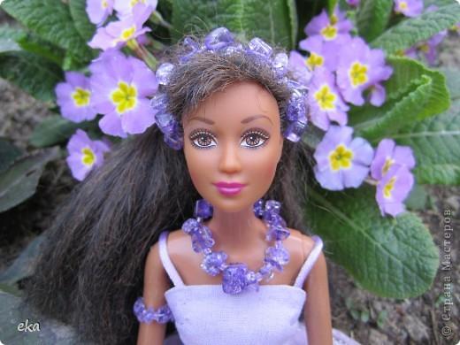 Сплела украшение для своей куклы. Зовут её Лия. фото 2