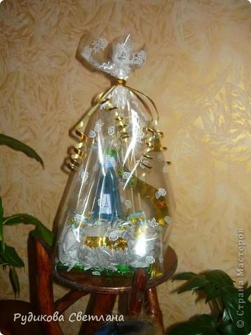 """Подарок куму на день рождение, а так как у него есть сеть магазинчиков по продаже наливной парфюмерии """"RENI"""", то и в подарке присутствует одна из многочисленных бутылочек! фото 5"""