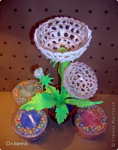 В основе одуванчика -  елочный пластиковый шар и  остатки шарикового пластилина  фото 5