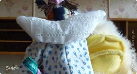 Девочки, показываю вам свою первую Тильду. Знаю, что получилась уродушка, но дочь говорит «ВАУ». Ей понравилась, к ней и уедет!  ----------------- Ириш, Феечка, а я Уродушке новые штанишки сшила!!! фото 5