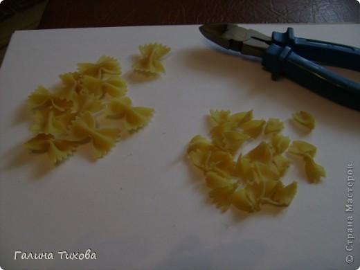Корзинка с цветами из макарон. Мастер-класс. фото 9