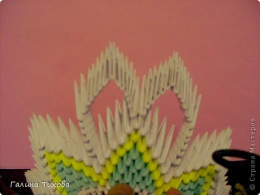 Для создания такой тарелки мне потребовалось: 1679 модулей: 636 белых, 536 голубых, 507 жёлтых. фото 18